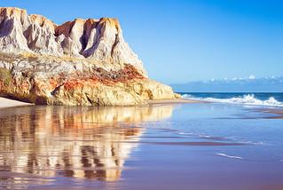 Praia das Fontes | by tarsobessa