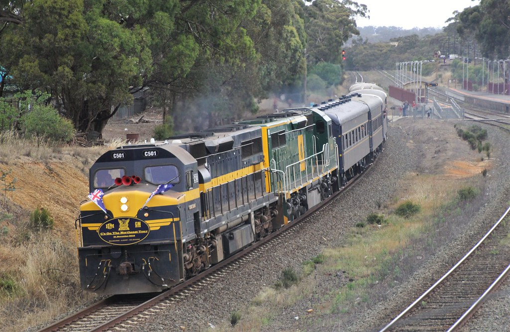 C501 and C510 thunder through Broadford on the C class special to Albury by bukk05