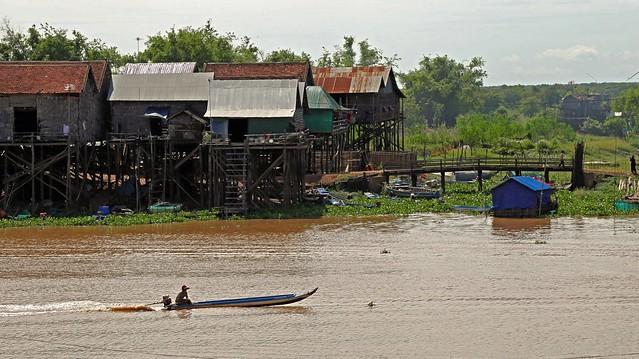 Kompong Khleang fishing village, Tonle Sap lake, Cambodia IMG_0473 copy
