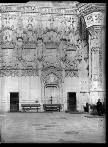 Interior de San Juan de los Reyes Toledo hacia 1920. Fotografía de Enrique Guinea Maquíbar © Archivo Municipal de Vitoria-Gasteiz