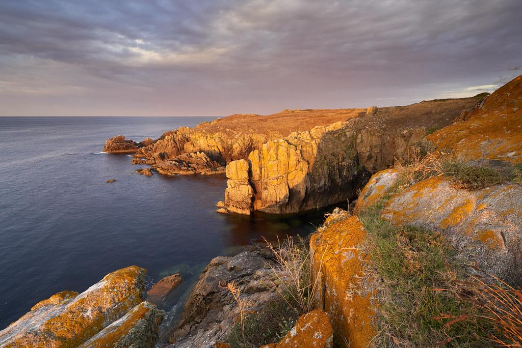 Lever de soleil au Bec du Châtelet des Vieilles ~ Île dYe