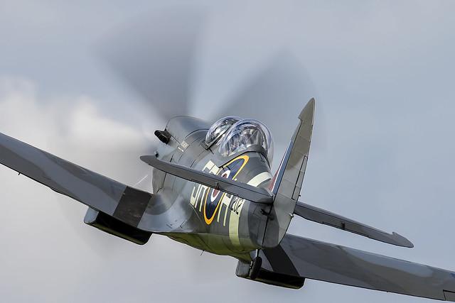 Spitfire MkiX. G-CCCA.