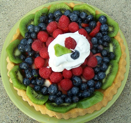 A fruit torte I made for a cook-out | by Valerie Everett