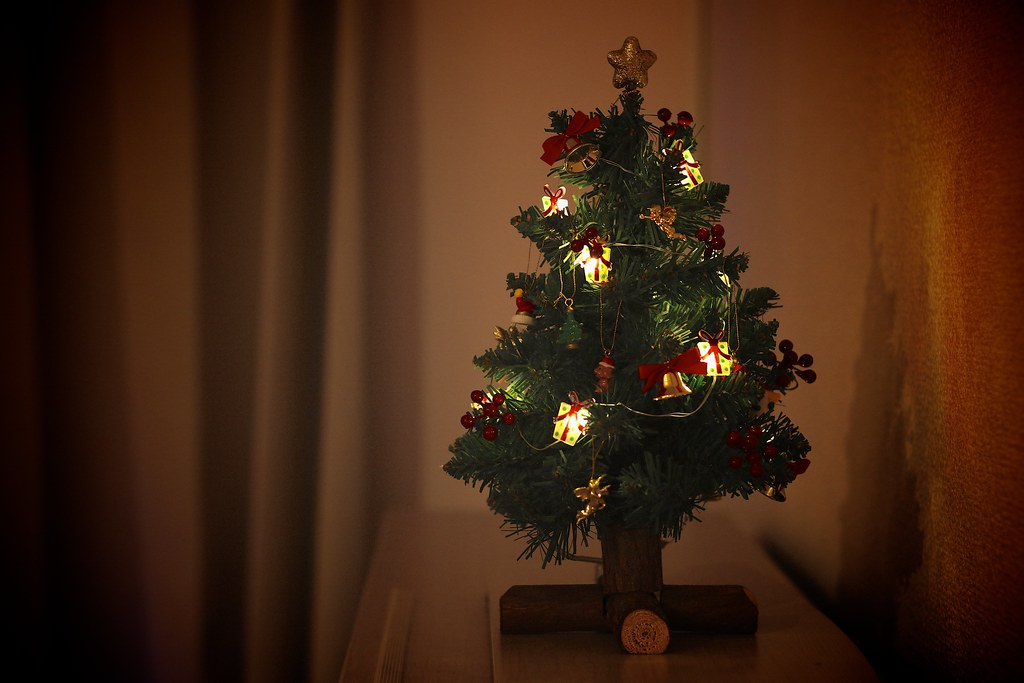 Tiny Christmas Tree With LED Lights Desktop Decoration