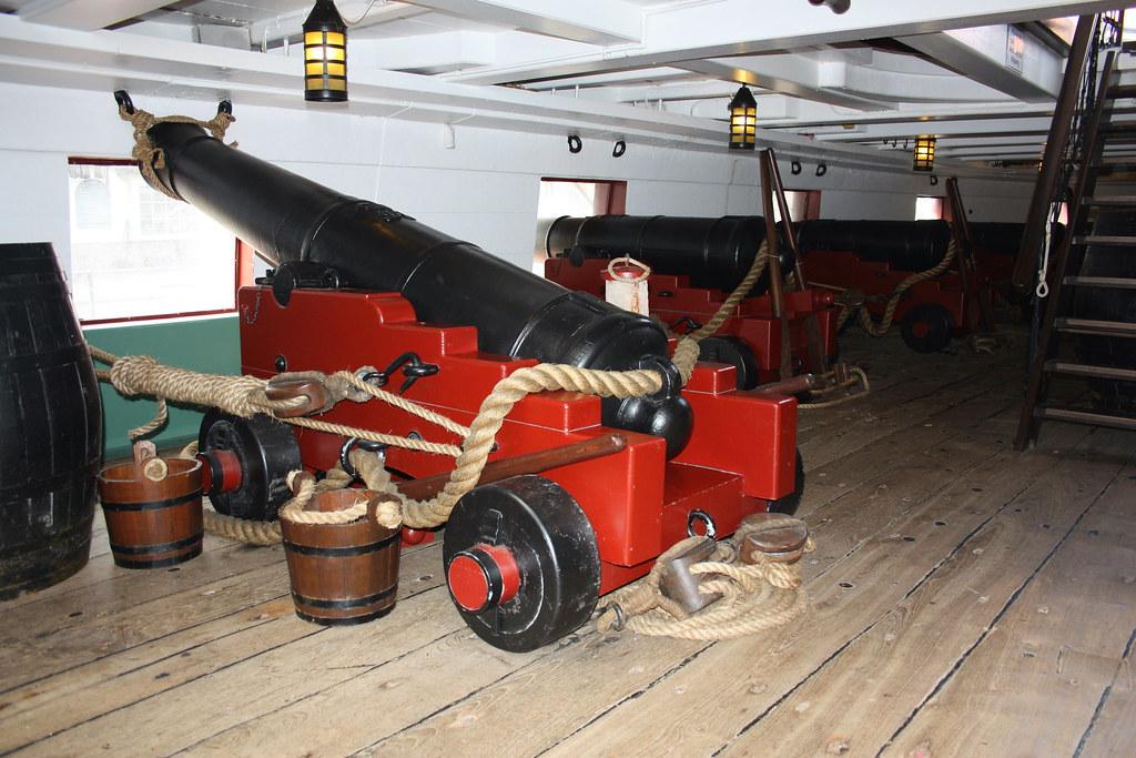 1817) 46 gun Leeda class frigate HMS Trincomalee main gun… | Flickr