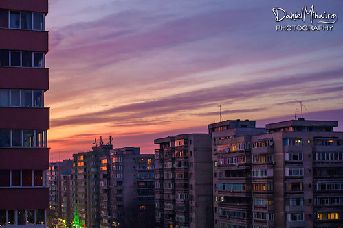 Sunset light in the city by Daniel Mihai