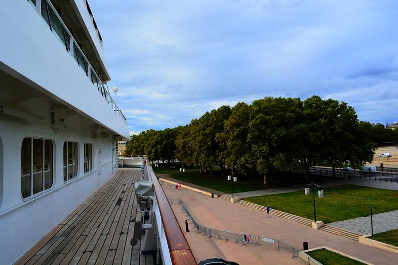 Bordeaux. Et la piste de jogging du navire, faisant le tour du bateau (370 m) - Visite du paquebot AMADEA - Bordeaux, 16 septembre 2015