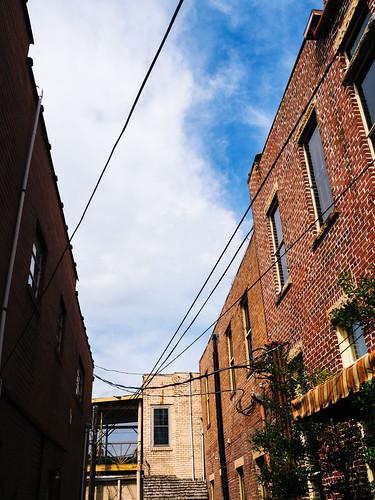 alley kentucky urbanlandscape olympusomdem5 olympusmzuiko1240mmf28