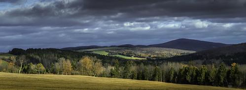 photoshop autumncolors montagnes lightroom nikkor105mm appalaches saintjacquesdeleeds autumnlandscape quebeclandscape paysagedautomne paysagequébécois nikond800e