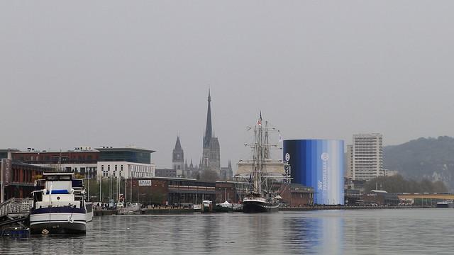 La Seine passe par Rouen