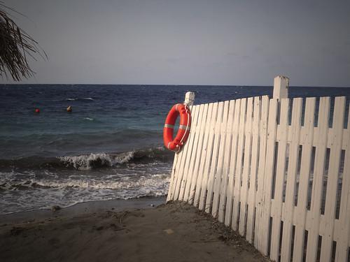 italia colore salvagente settembre spiaggia sicilia marsala steccato