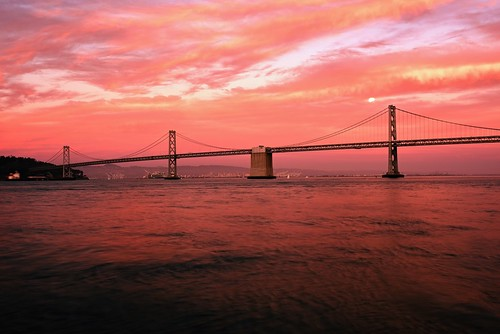 sanfrancisco suspensionbridge baybridge redsky clouds sunsetlight sunset