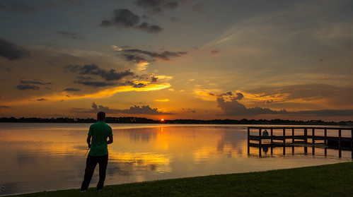 sunset sky orange cloud sun reflection water pier us fishing unitedstates florida lakealfred