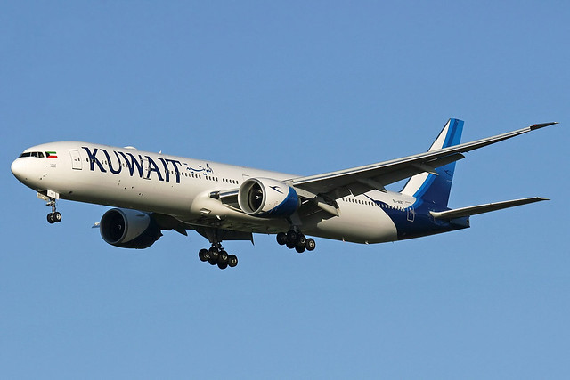 Kuwait Airways Boeing 777-369(ER), 9K-AOC.