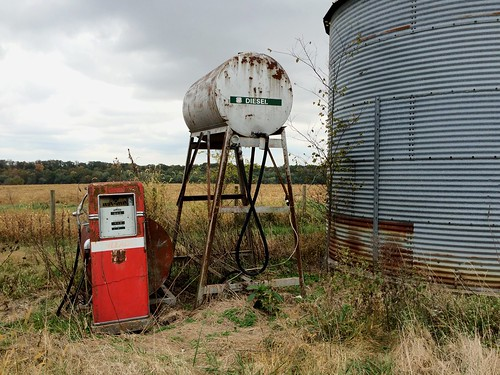 rural farm country corso mo missouri grandparents gaspump popo oldplace mammie