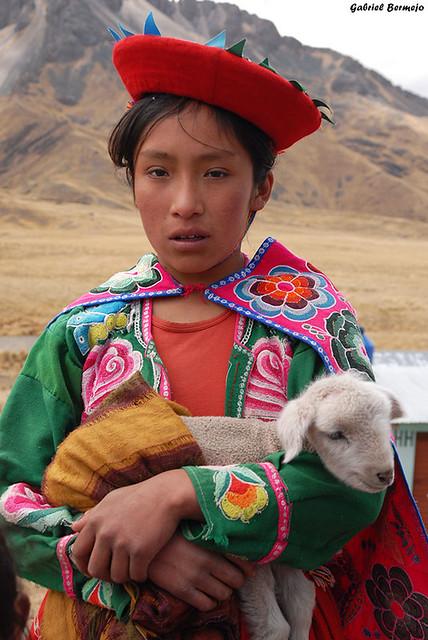 Niña de los Andes