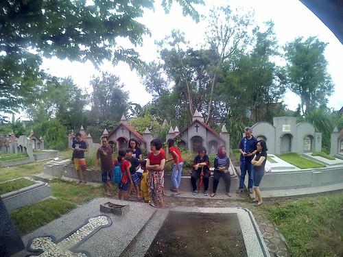 Berkunjung ke Makam  Eyang Santoso | by yoseph handoko