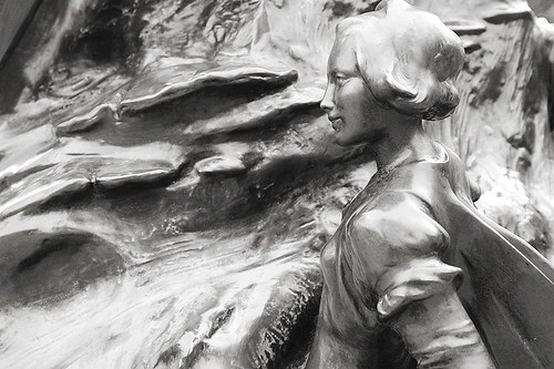 Peter Pan Statue Detail 1 | by simiant