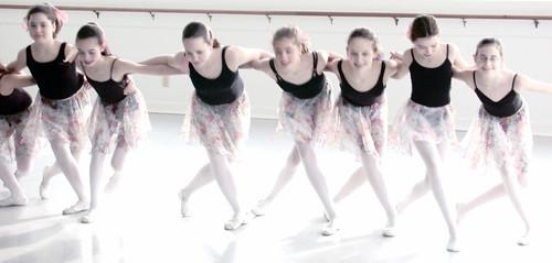 dance line 2