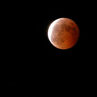 Lunar Eclipse Oct 27, 2004 | by t i g