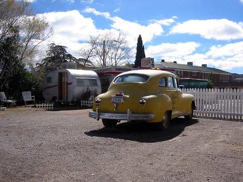 Dot's Diner & Taxi