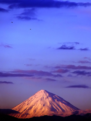 Mount Damavand | by Hamed Saber