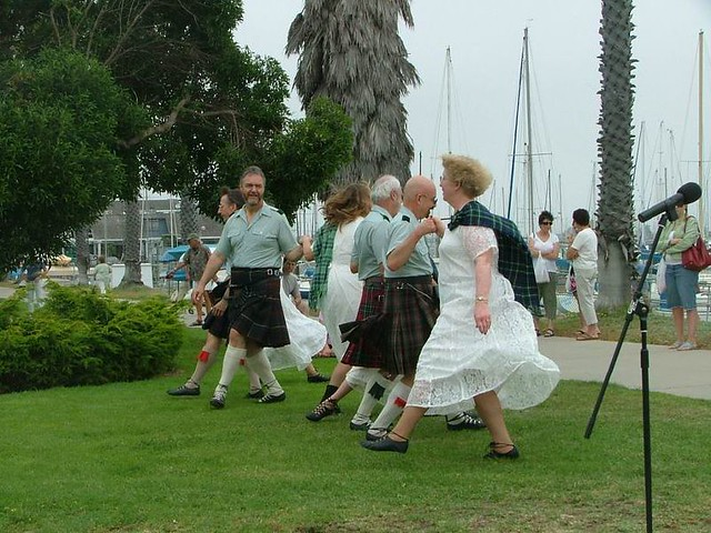 C_Scottish Country Dancers 111