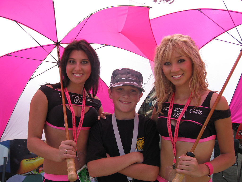 Laguna Seca US GP 2008 UMBRELLA GIRLS