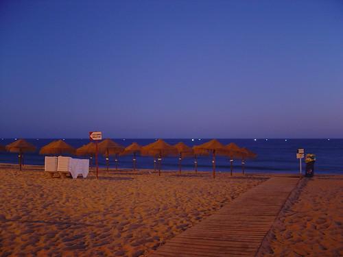 Quarteira beach after sunset - 1/08/2005 | by GemiTux
