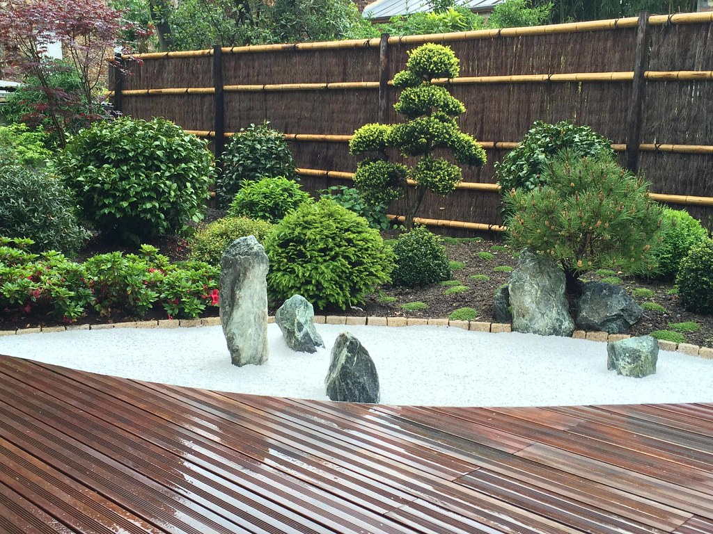 Jardin Japonais Rouge Vue Du Jardin Sec Conception Et Real Flickr