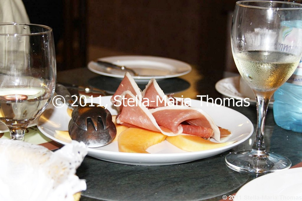 PIZZERIA TOSCANA - PARMA HAM AND MELON 004