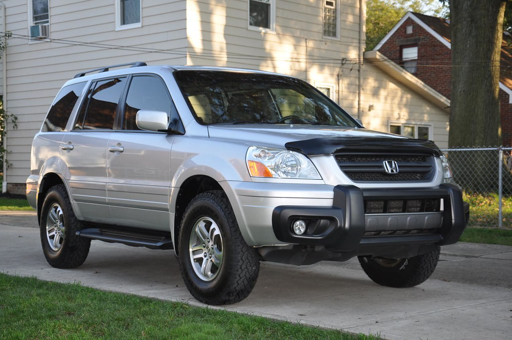 2005 Honda Pilot with Ready Lift 2in. lift and 235-85-16's… | Flickr