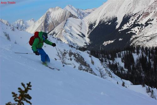 Sun, 2012-01-01 02:38 - Mike Traslin skiing