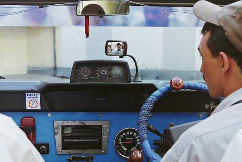pakistan disco jeep driver karakoram kkh himalaya hindukushrange karakoramhighway karakoramrange