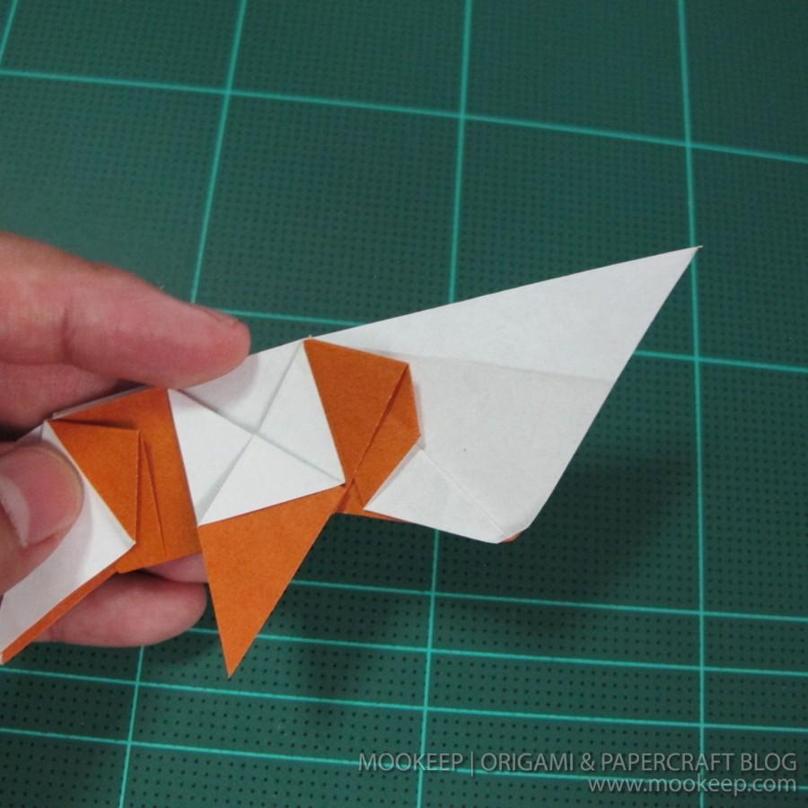 วิธีพับกระดาษเป็นรูปหมี (Origami Bear) 031