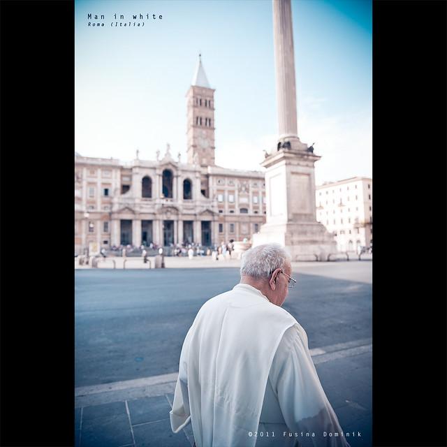 Man in White | Roma