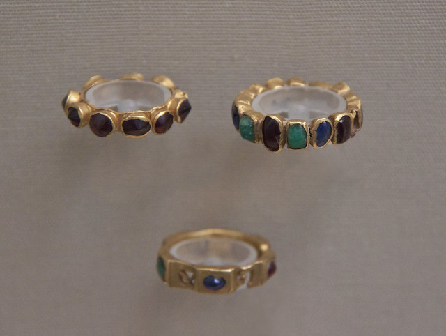 Gold rings with stones, Roman, 3-4c AD