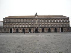 Royal Palace of Naples: front (Domenico Fontana, 1600-1602) by Carlo Raso