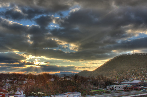 two sky usa sun mountains mill clouds sunrise landscape star virginia day cloudy roanoke terry rays hdr partly regionwide aldhizer terryaldhizercom