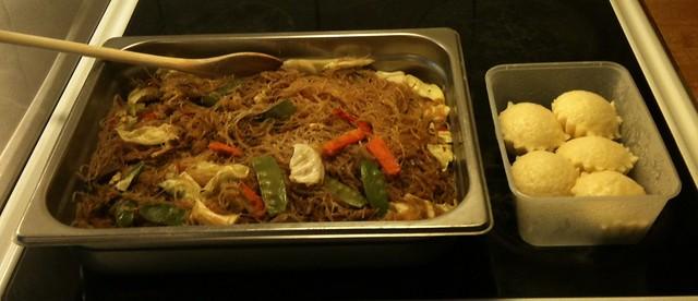 Pansit and puto bibingka. Typical Filipino food and oh so yummy!