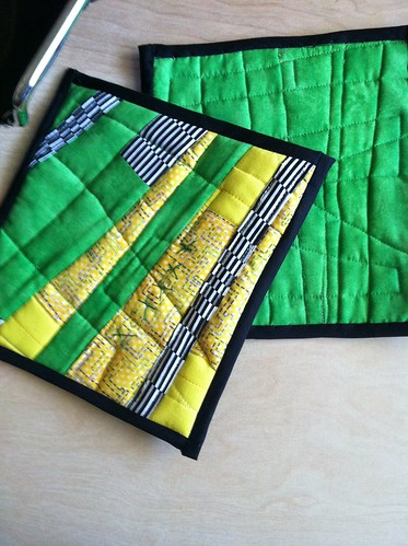 Modern Quited Potholders Hot Pads