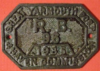 U.K. 1935 ---GREAT YARMOUTH PORT & HAVEN COMMISSION RIVER BOAT LICENSE PLATE #96