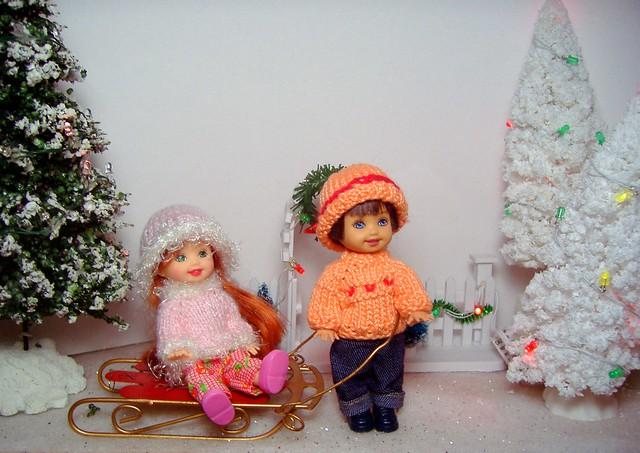 Kelly & Tommy in sweaters #2