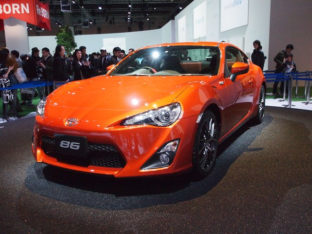 TOYOTA FT-86(Scion FR-S)
