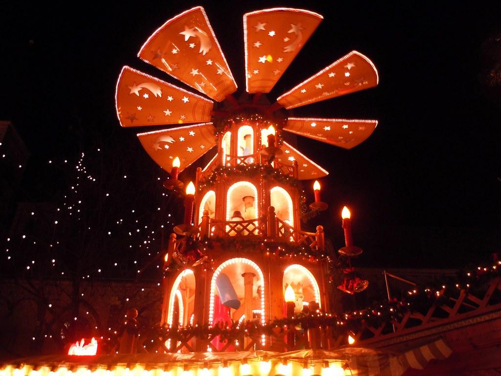 Weihnachtsmarkt Bonn.Weihnachtsmarkt Bonn Weihnachtspyramide Flickr