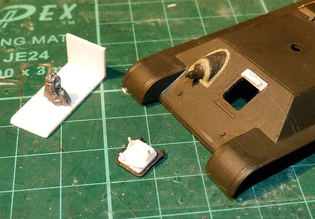 Armourfast T-34/85 - improving the driver's hatch