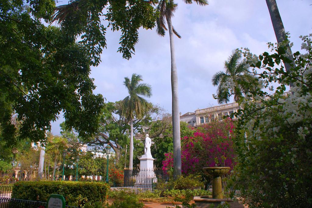 Plaza de Armas, Habana Vieja, Cuba