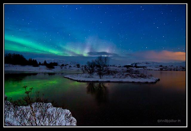 Norðurljós yfir Þingvallavatni