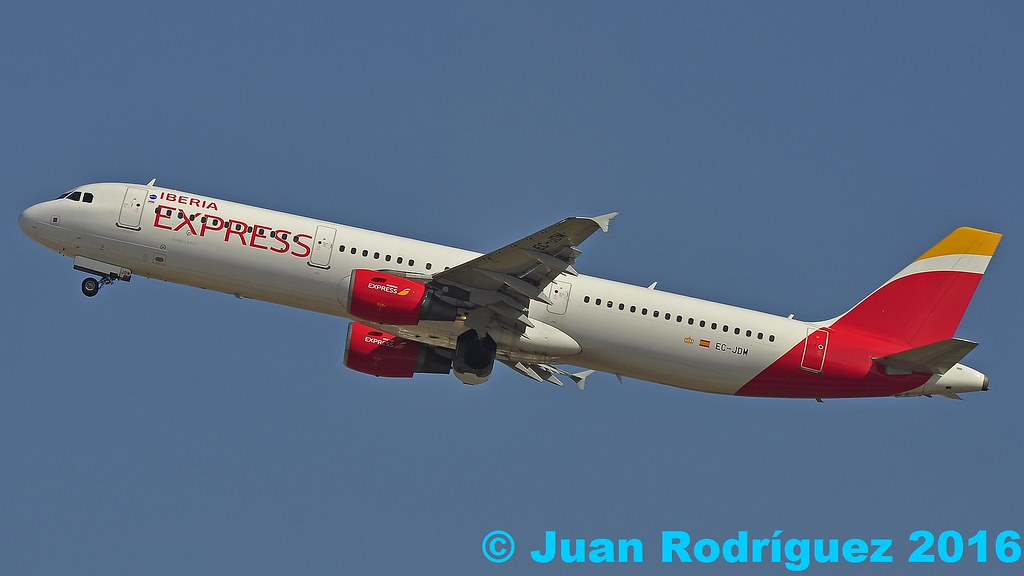 EC-JDM - Iberia Express Airbus A321-211