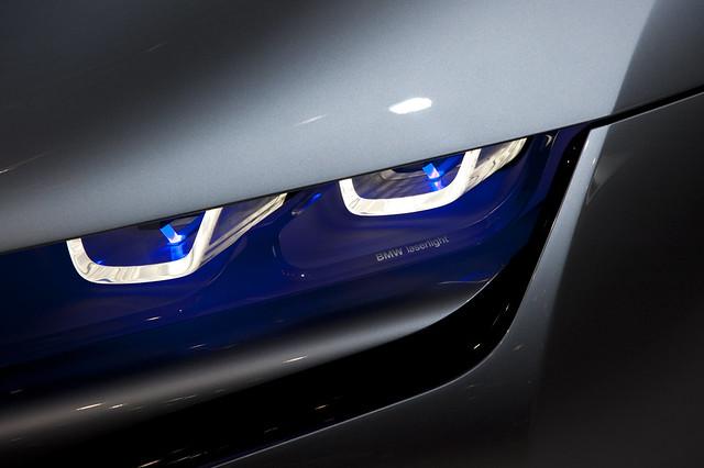 BMW i8 Concept Leser light